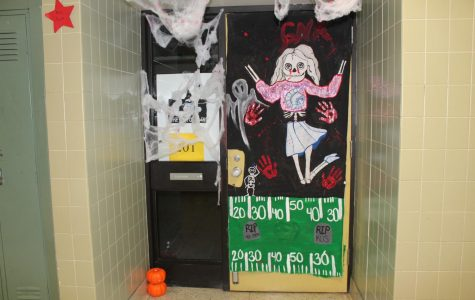 2017 Halloween door decorating contest (October 2017)