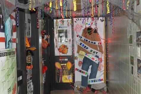 GNA door decorating contest