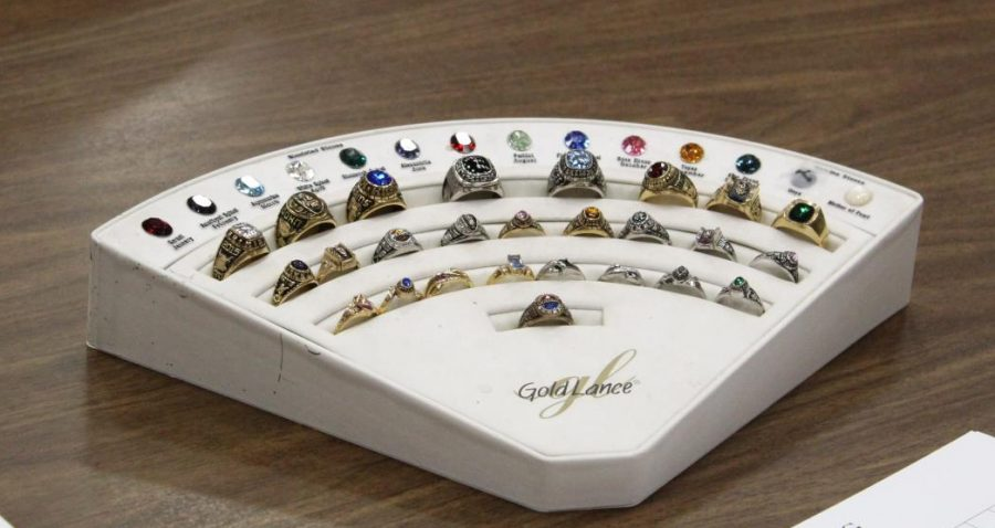 Ordering class rings: The Class of 2021