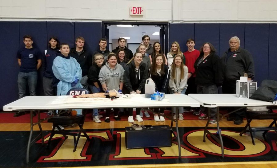 """GNA senior class participates in """"Stop the Bleed"""""""