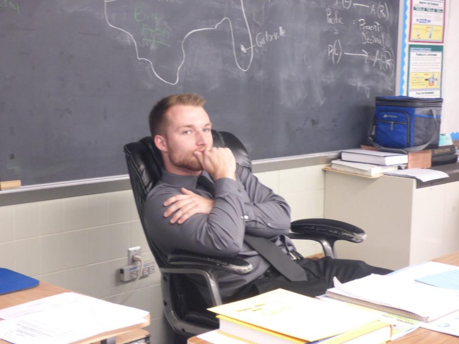 Getting to know our staff: Mr. Eric Levandowski (student teacher)