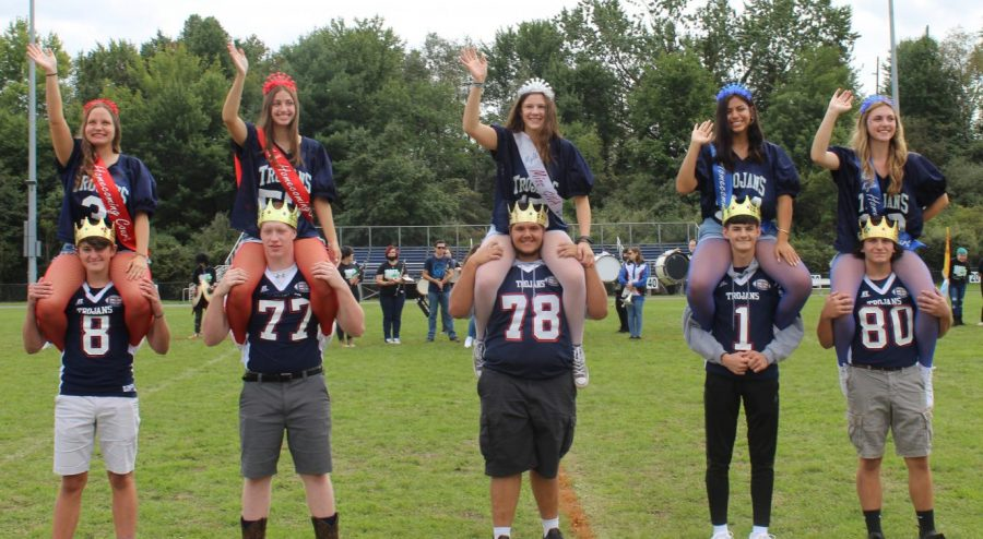 The+GNA+Homecoming+court+helps+kick+off+a+pep+rally+for+elementary+students.+